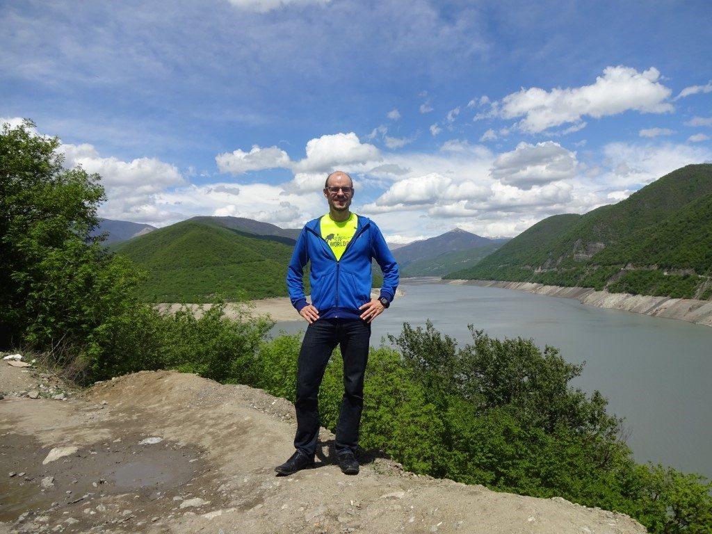 Ananuri Zhinvali Reservoir Kaukasus Berge Georgien