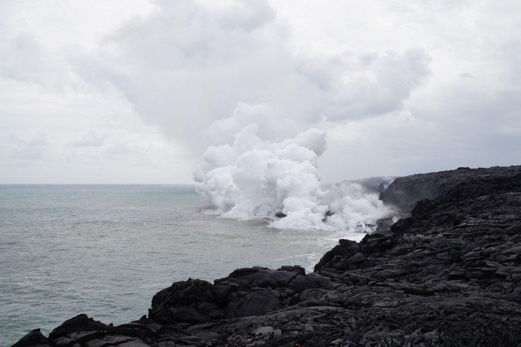 Lava Meer Ozean Volcano National Park Big Island Hawaii