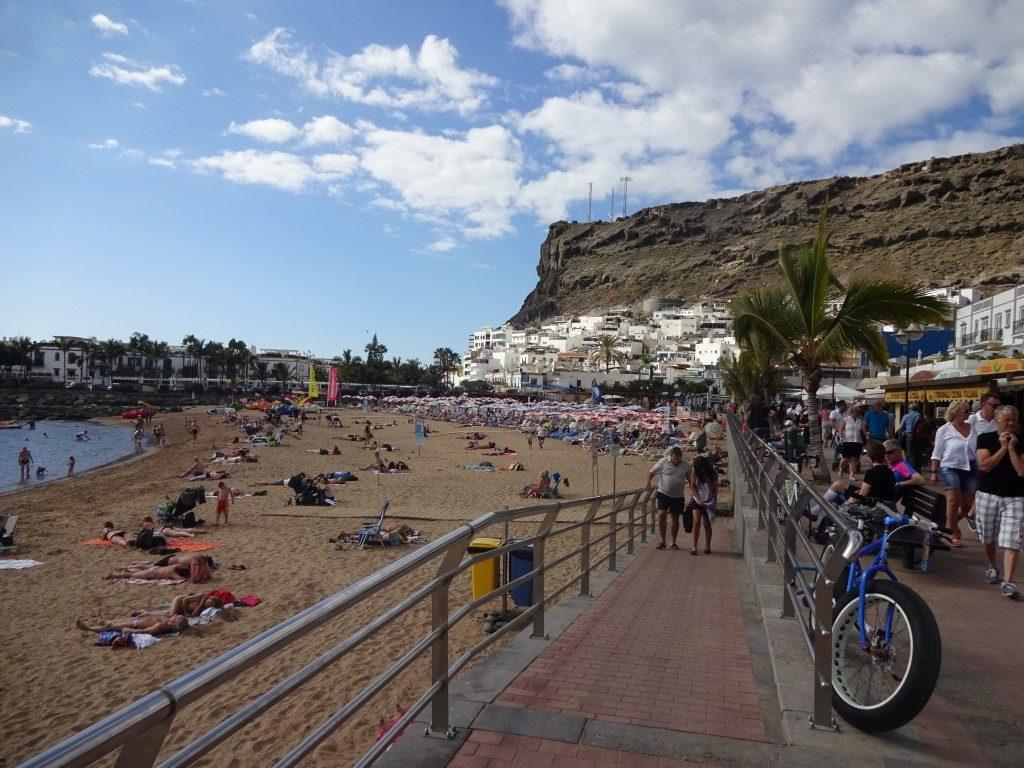 Strand Playa de Mogan Touristen Gran Canaria