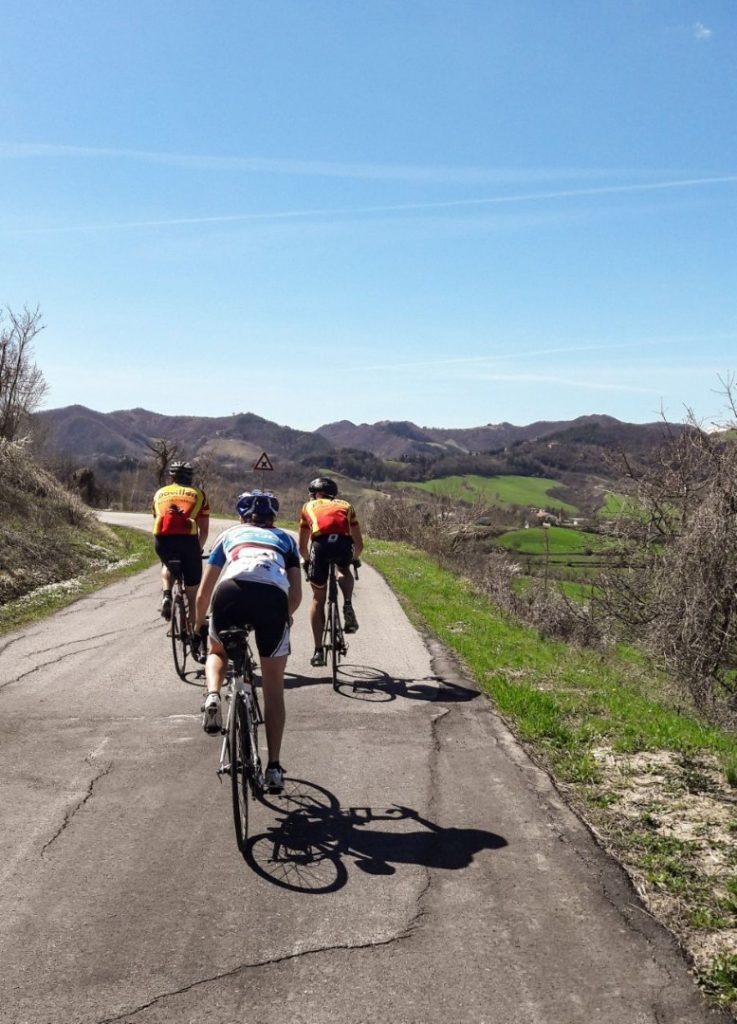 Radfahren Frühling Straße Hinterland Trainingslager Italien