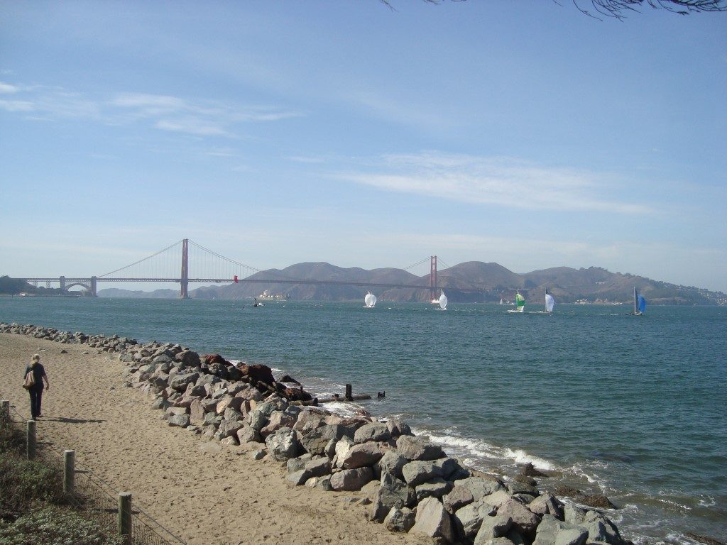 San Francisco Presidio Strand Blick Golden Gate Bridge