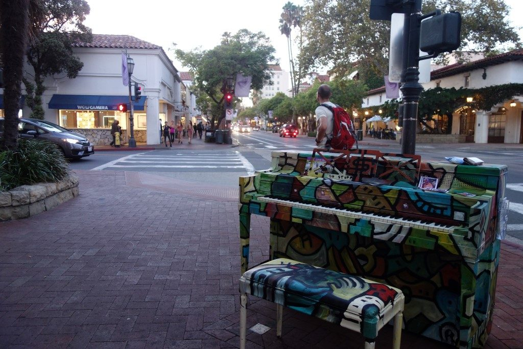 Downtown Stadtzentrum Santa Barbara Klavier