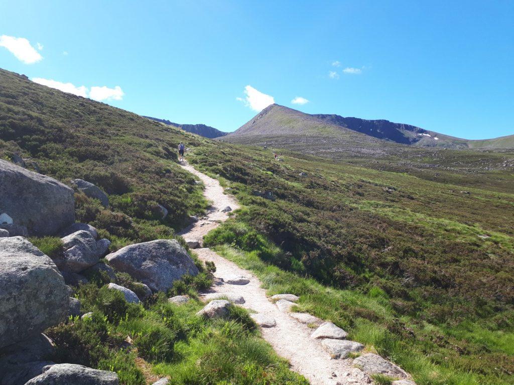 Skilift Trail Berge Cairngorms Nationalpark Highlands Schottland