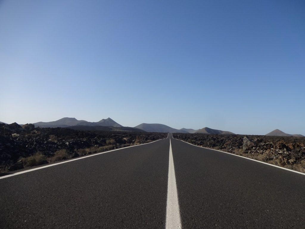 Straße Timanfaya Nationalpark Lanzarote