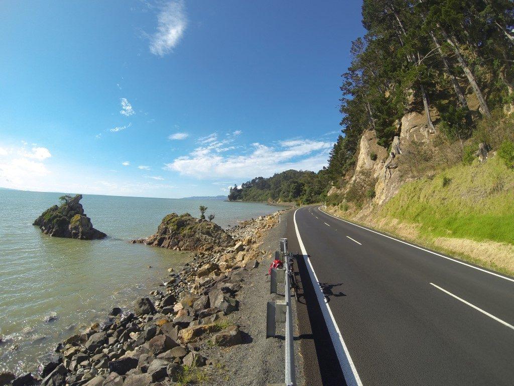 Linksverkehr Coromandel Westküste Küste Nordinsel Neuseeland