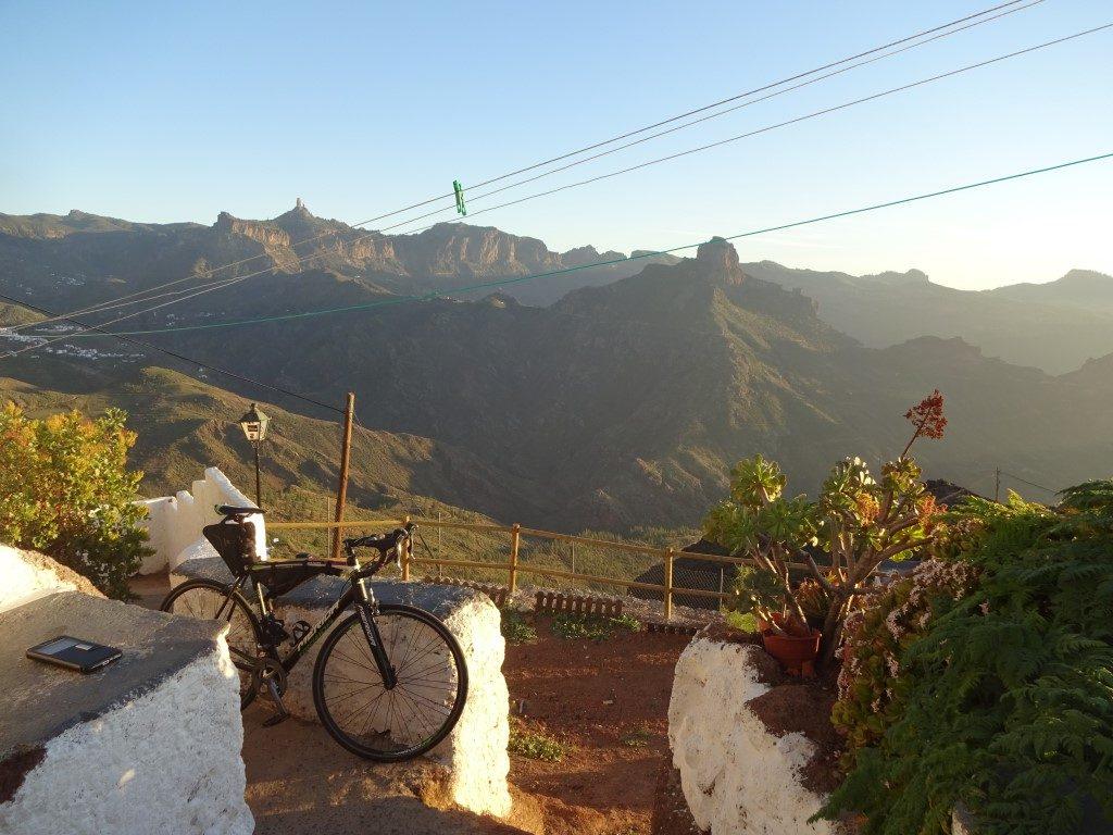 El Warung Cave Hostel Aussicht Artenara Gran Canaria