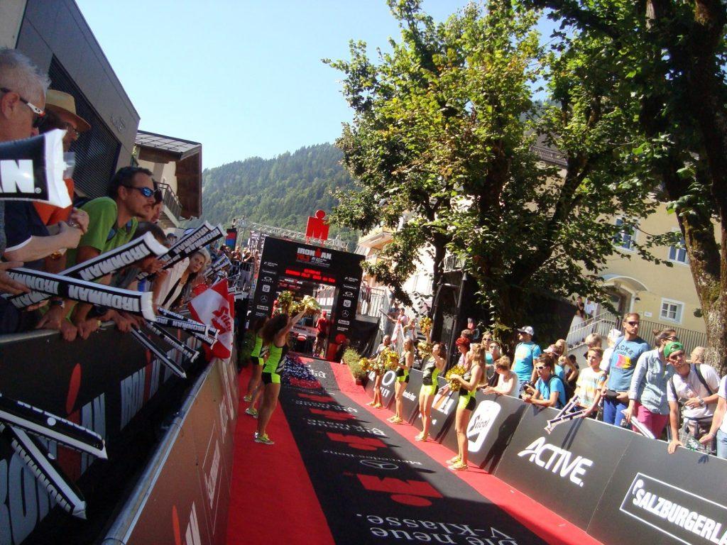 Ziel Zielkanal Zieleinlauf Ironman 70.3 WM Zell am See Österreich