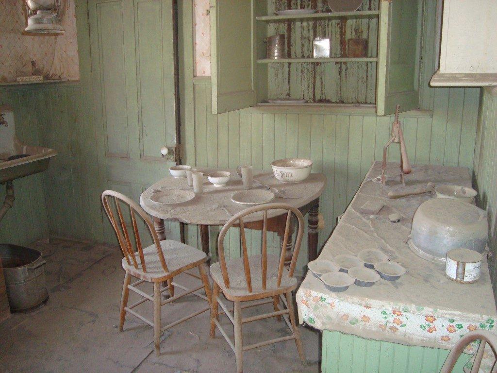 Tisch Staub verlassenes Haus Bodie