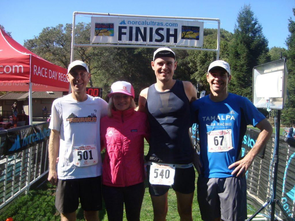 Golden Hills Trail Marathon Kalifornien Siegerehrung Podest 2. Platz