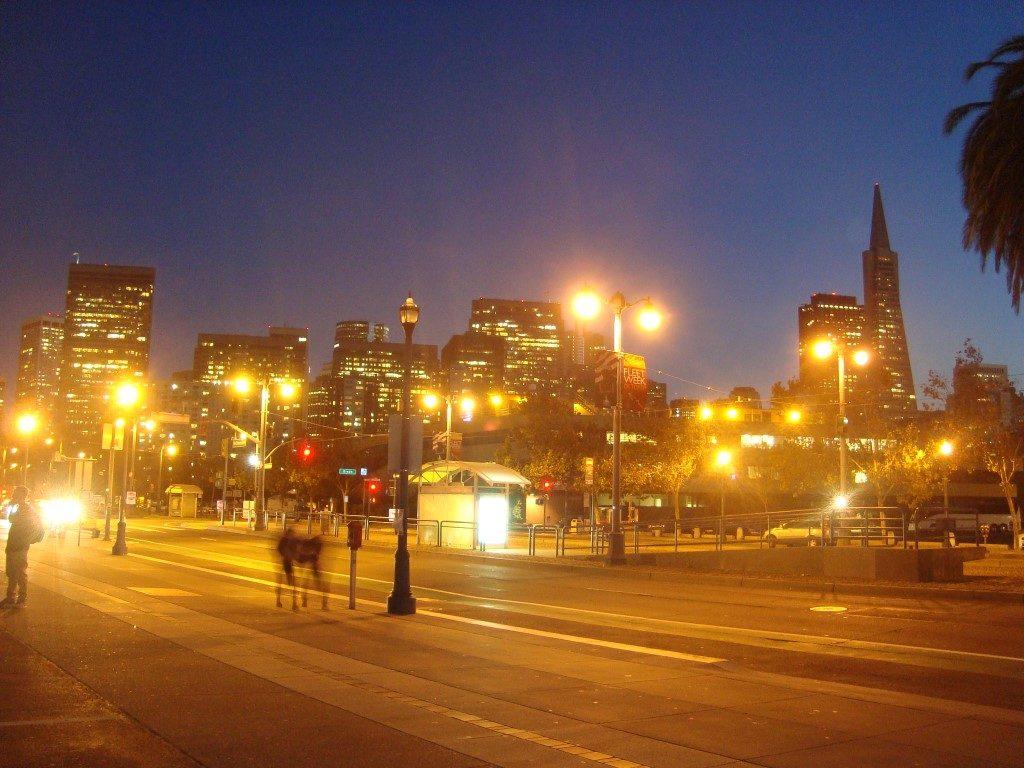 San Francisco Nacht Embarcadero Street