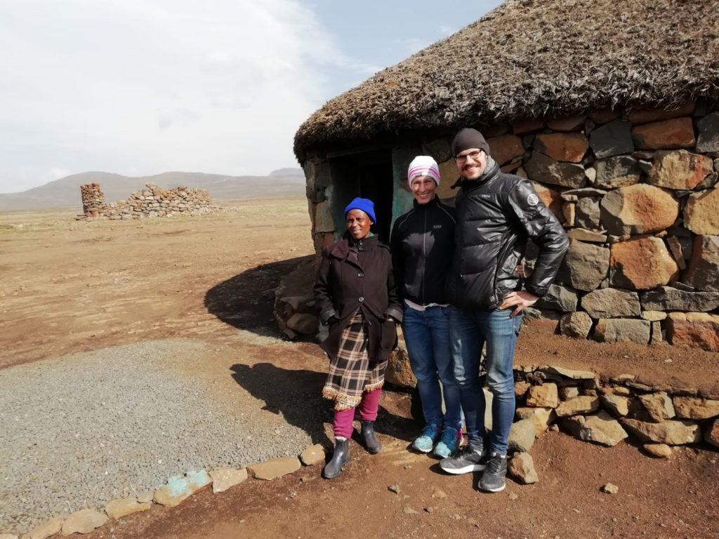 Einheimische Rundhaus Lesotho Tour