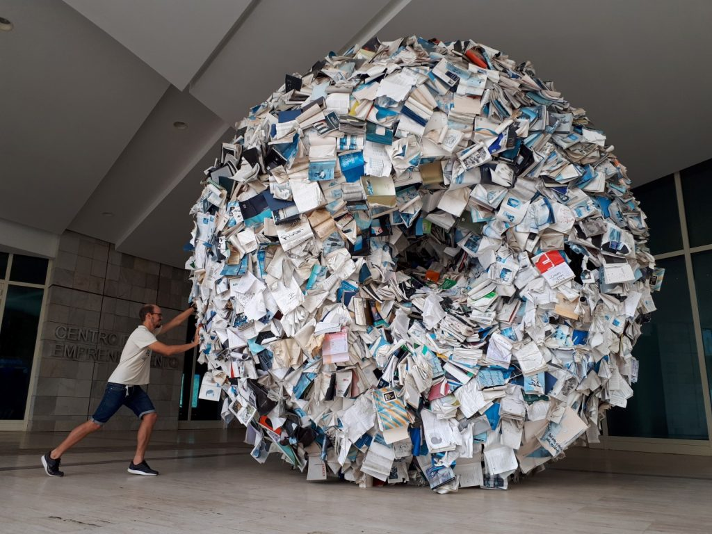 Ball Bücher Cidade da Cultura Santiago de Compostela