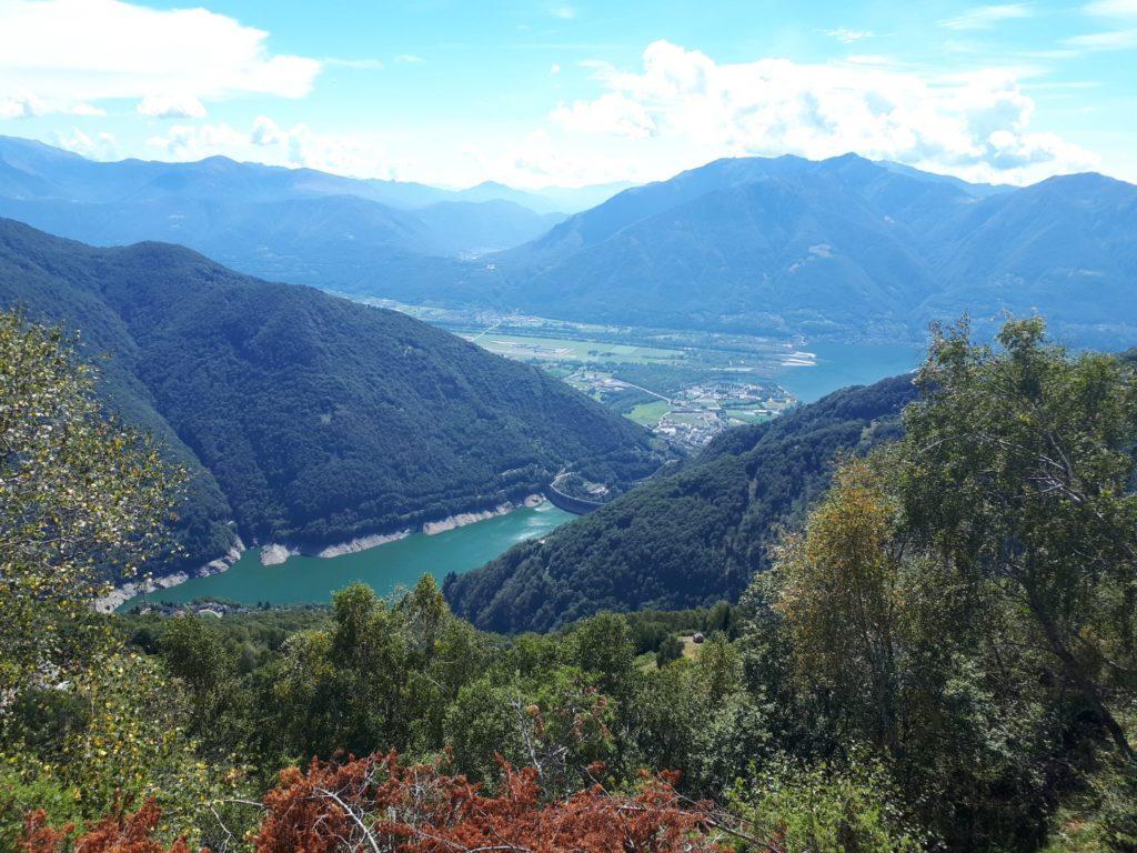 Aussicht Stausee Lago Vogorno Tenero Tessin Schweiz