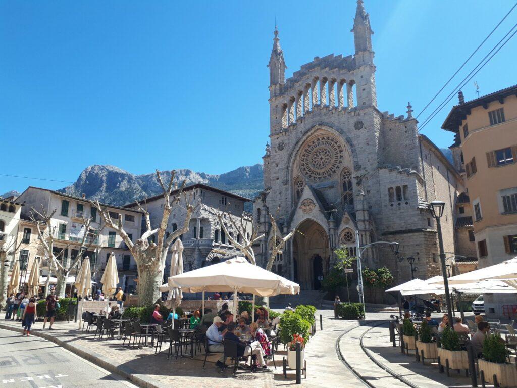Eglesia Sant Bartomeu Soller Mallorca