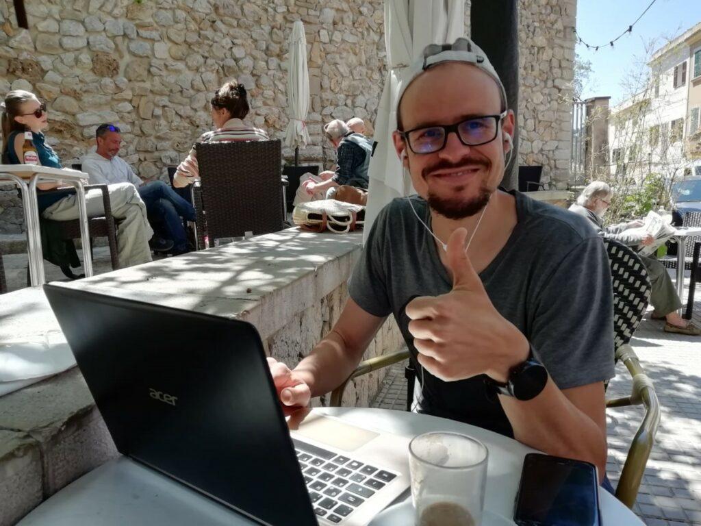 Marko Arbeit Notebook Mallorca