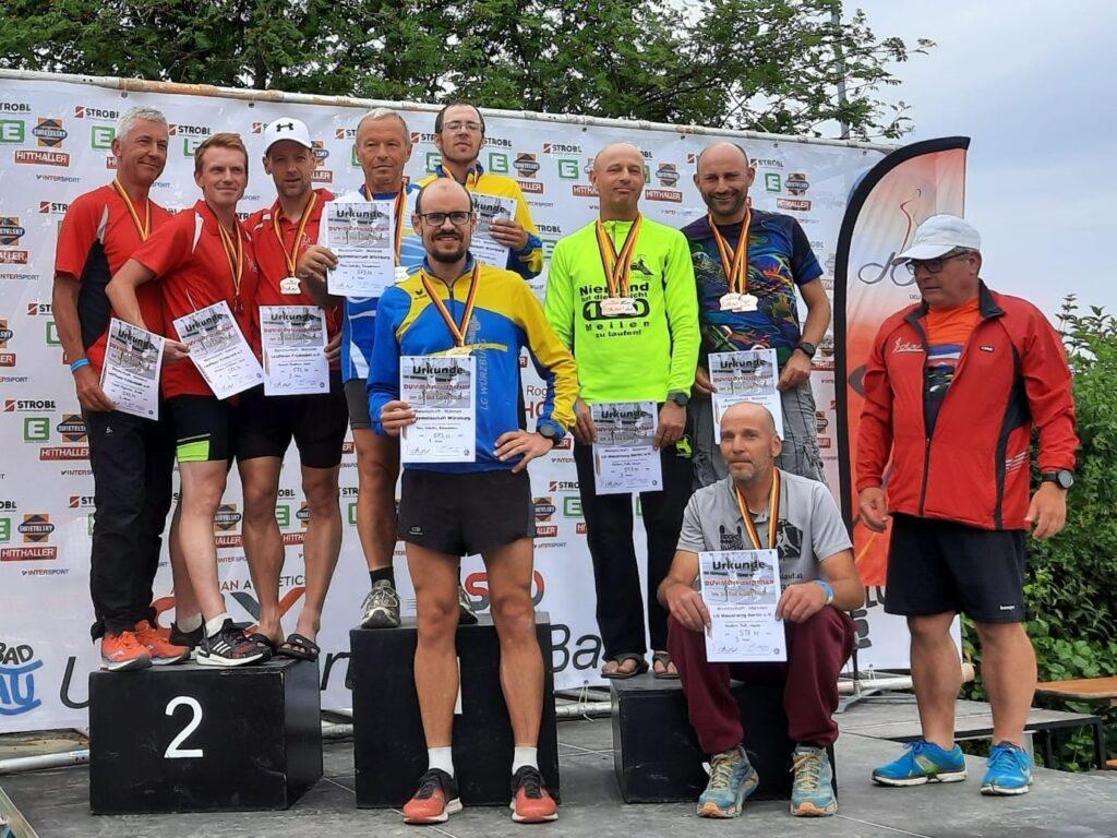 24 Stunden Lauf Siegerehrung Mannschaft Deutscher Meister Laufgemeinschaft Würzburg Bad Blumau