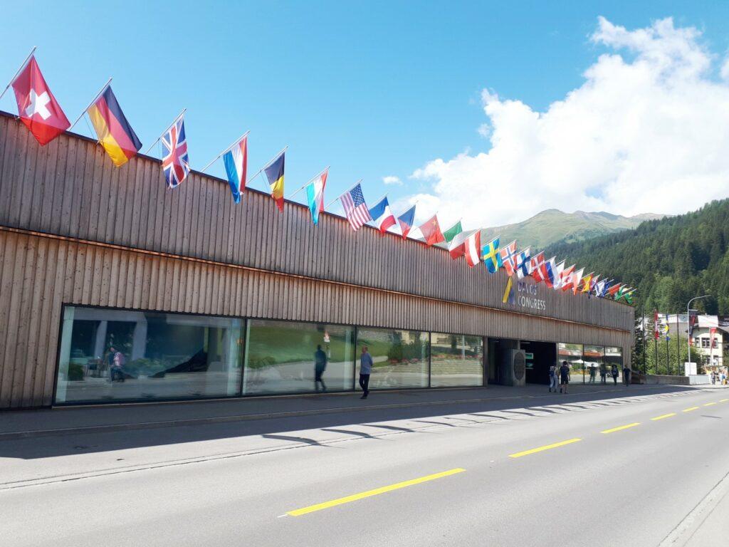 Kongresszentrum Davos World Economic Forum WEF Schweiz