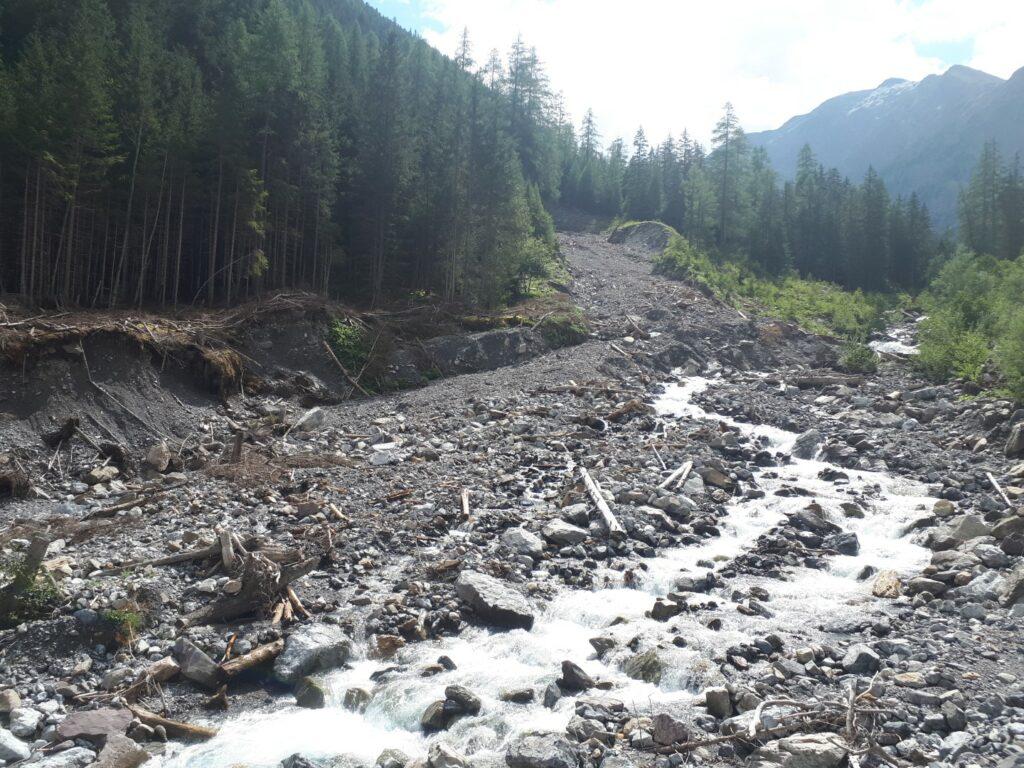 Uina Fluss Tal Schweiz