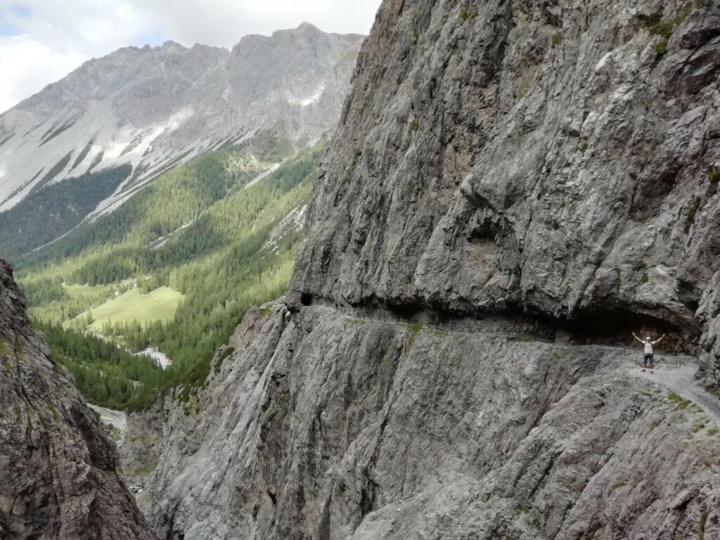 Uina Schlucht Felsenweg Schweiz